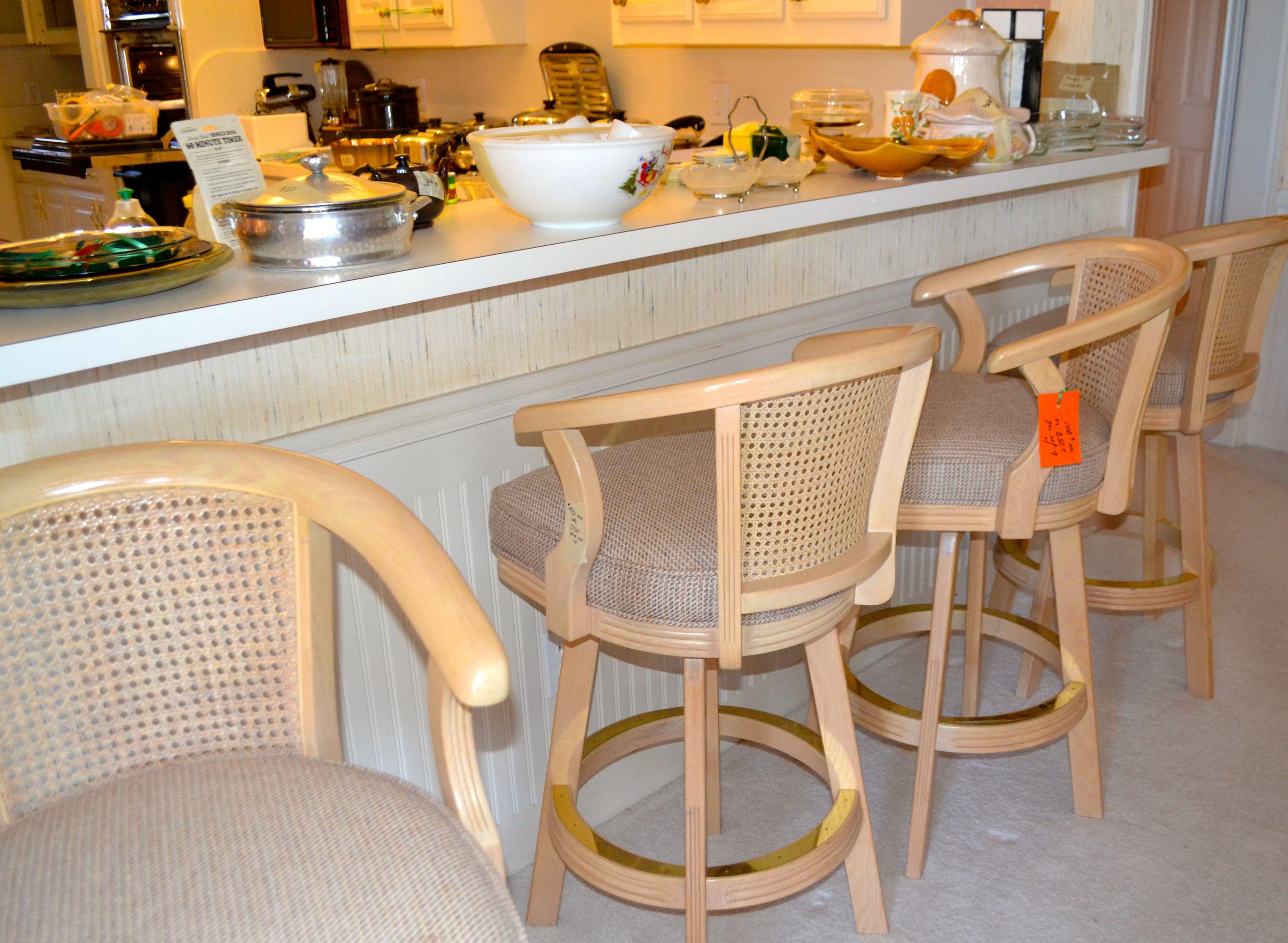 Awesome Saline Estate Sale Solid Rosewood Dining Room Set